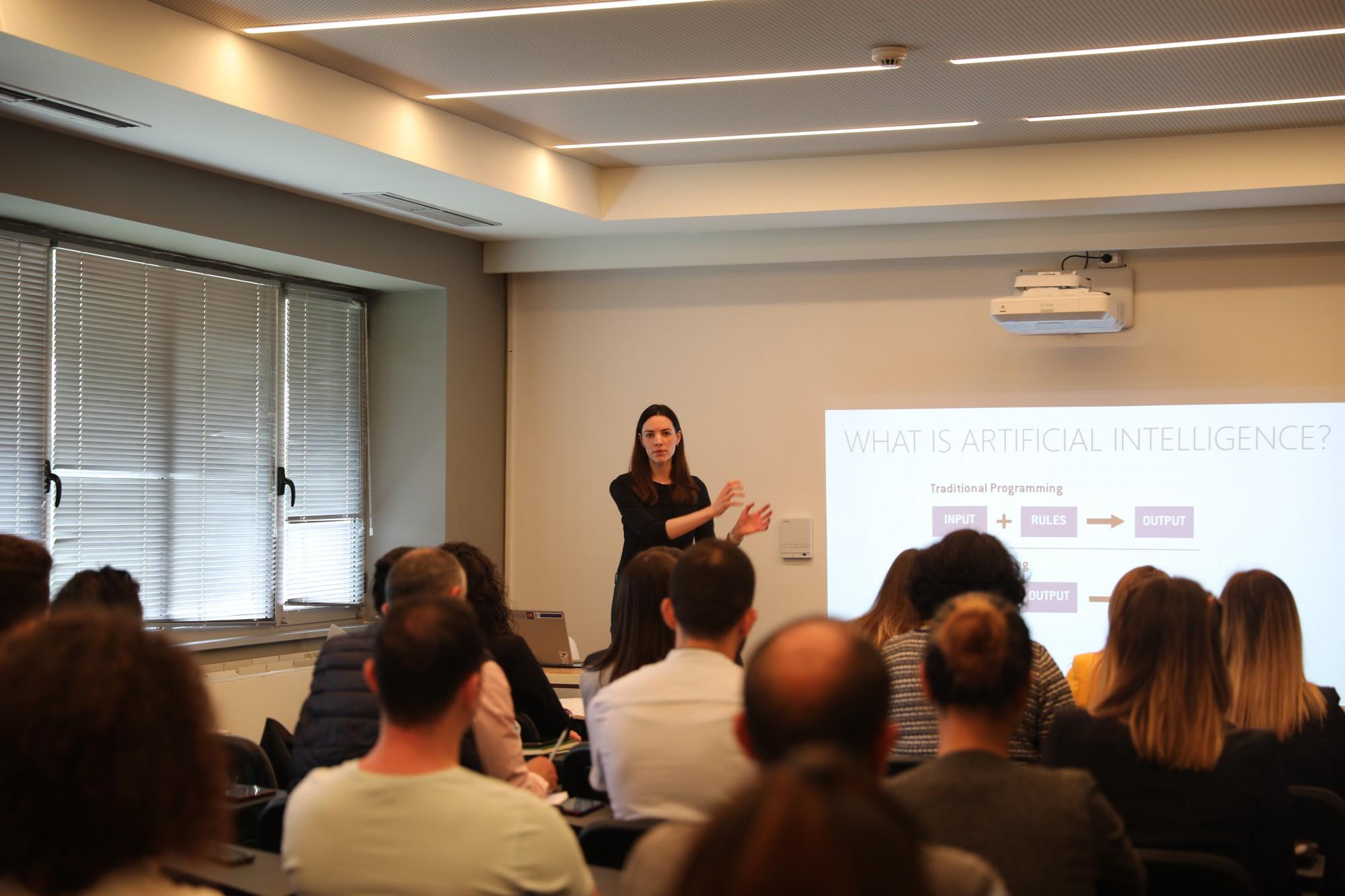 Microsoft, maratonë trajnimesh pranë TechSpace me punonjës të administratës